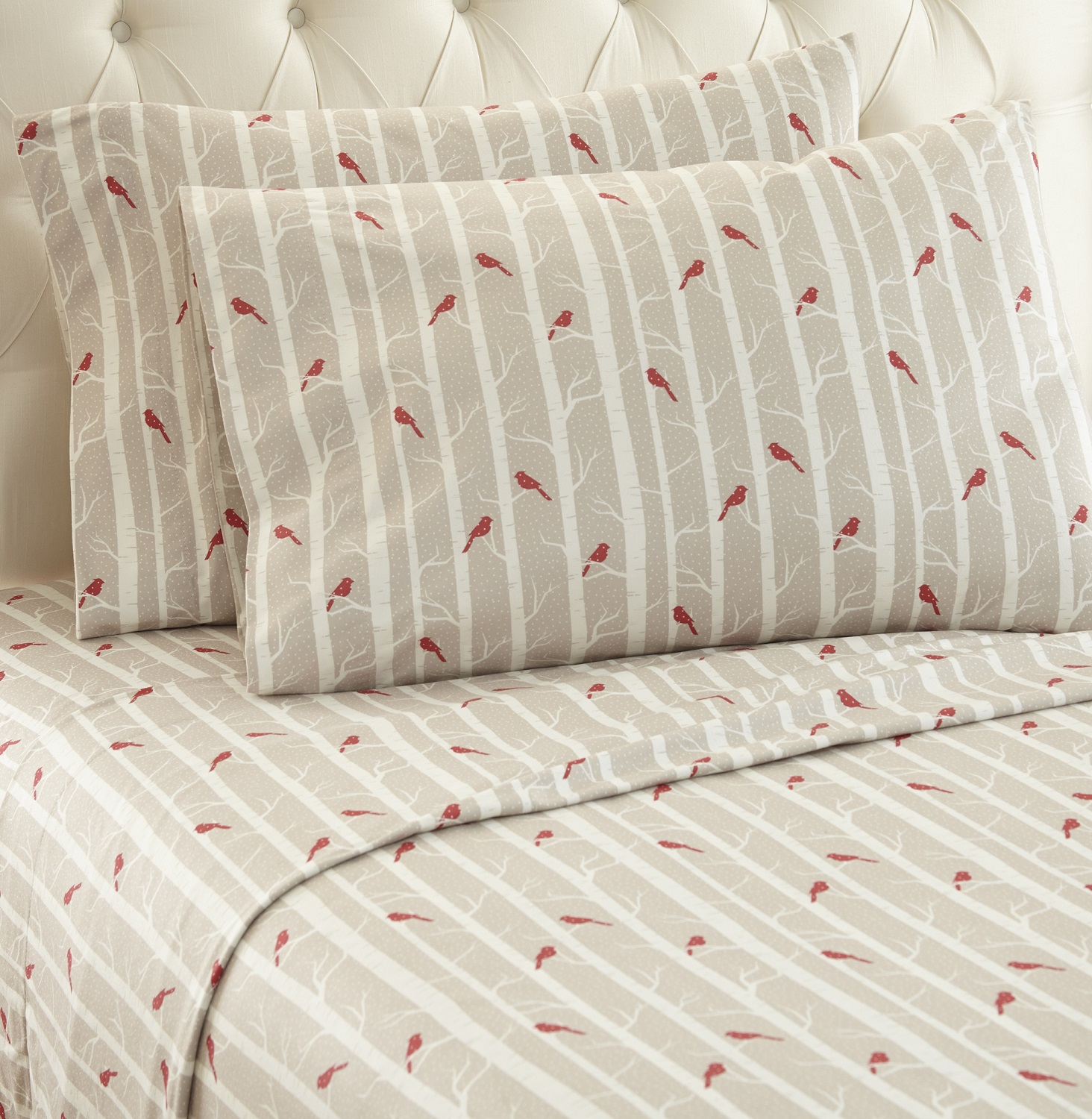 Elegant Micro Flannel Printed Sheet Sets   Cardinals