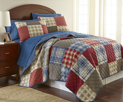 Berry Patch Plaid Micro Flannel Quilt Set
